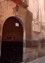 Das Kloster gegenüber